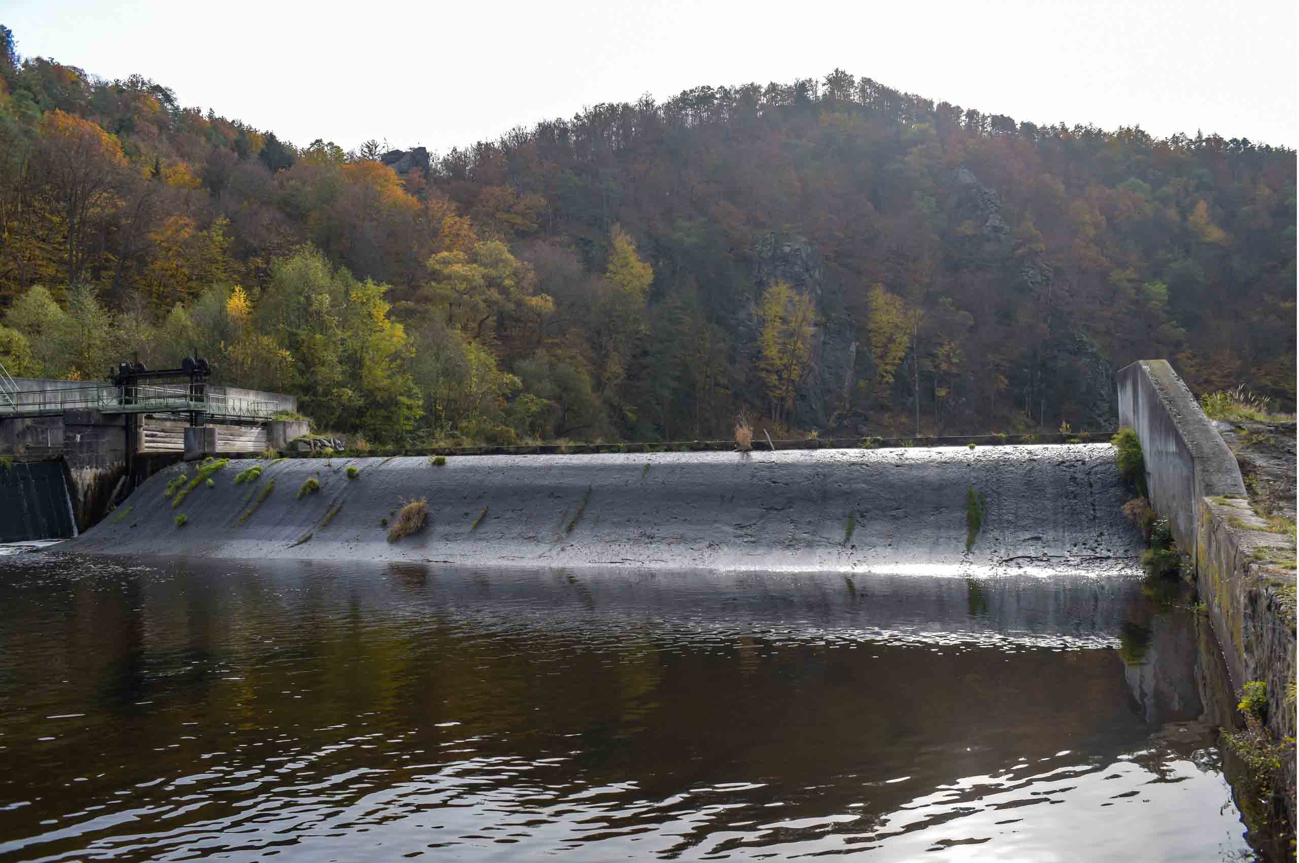 "Featured image for ""Pro Flusskilometer ein Querbauwerk"""
